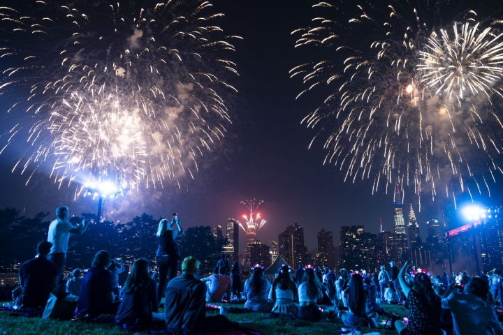 NYC Macy's 4th of July Fireworks Show 2021
